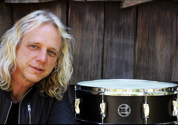 Mike Hansen & his go-to main.....Beier 1.5 Steel--5.5 x 15....(Photo-Ed Grundman)