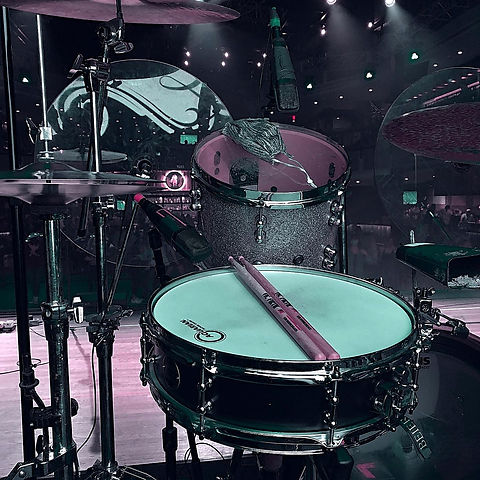 Matthew Crouse' live kit with Whiskey Ca