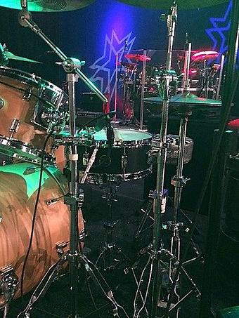 Del Grays live kit with Little Texas-Ope