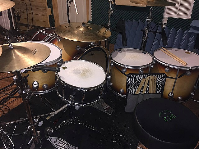 Michael Foster's kit-Recording a new single with Bill Leverty-Beier 1..5 Steel--6.5 x 14....