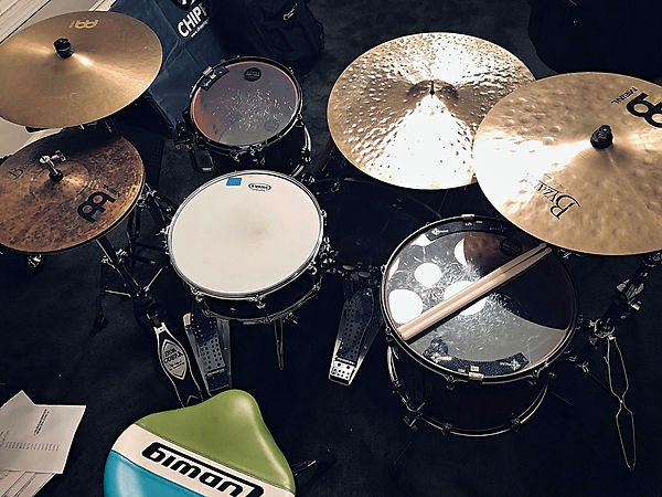 Overhead view of Nick Aizen's kit (Monky