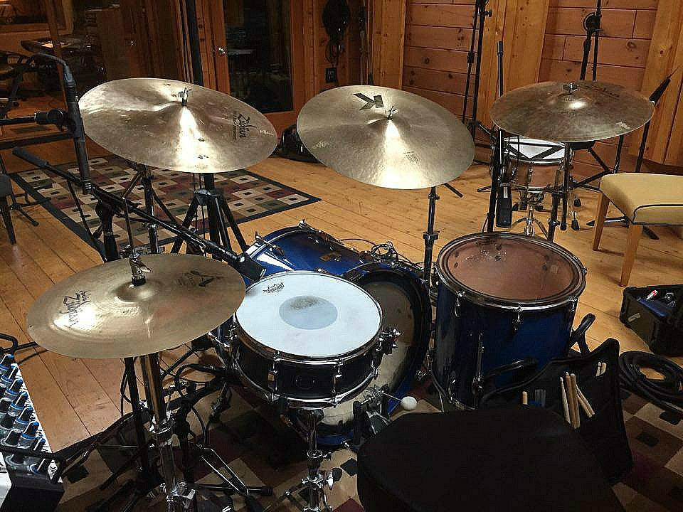 Wil Easterwood's kit-M-Pact Studio in Nashville with Trick Pony....Beier 1.5 Steel--5.5 x 14--