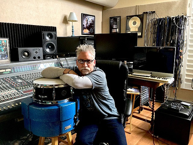 Randy Walker at Media 22 Productions with his Beier 1.5 Steel--5.5 x 13-~