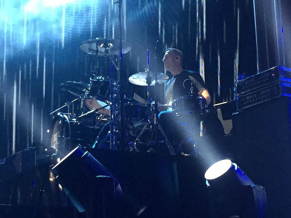 Tracy Broussard-Rehearsal with Blake Shelton-People'e Choice Awards-2017-Beier 1.5 Steel--6.5 x 14..