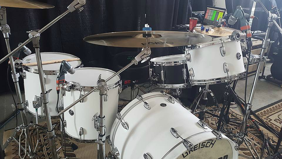 Another shot-Chad Melchert's new Gretsch kit-2017 Gord Bamford Tour-Beier 1.5 Steel--6.5 x 14...