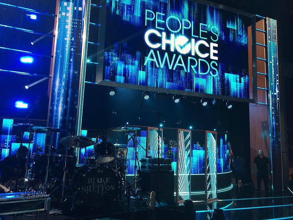The stage for the People's Choice Awards 2017-Tracy Broussard's kit-Beier 1.5 Steel--6.5 x 14...