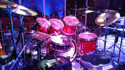 Mark Beckett's live Pearl kit with his Beier 1.5 Steel--5.5 x 14-Olivia Newton John Live-2017-