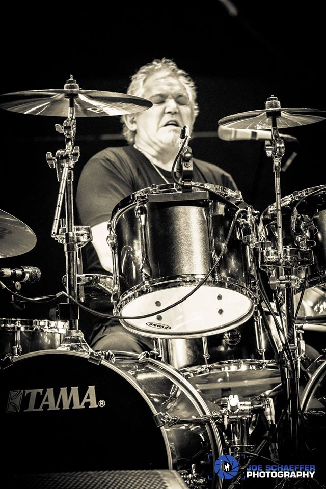 Andy Parker-2017 UFO Tour-Anaheim, CA.-Beier 1.5 Steel--6.5 x 14. Image by Joe Schaeffer Photography