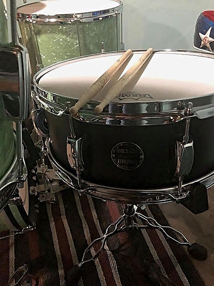 Paul Gartland's (Third Wheel) kit with h