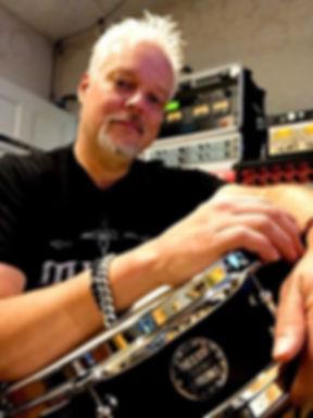 Mark Capps in his studio with his Beier