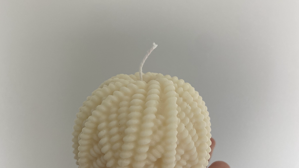 Ball of Wool Candle