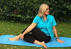 YogaPro Business Yoga Offene Kurse Anfängerkurs  Kurs Yoga Sanft Park Sonntag München Kegelmann draussen