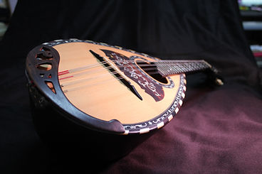 mandolin-977648.jpg
