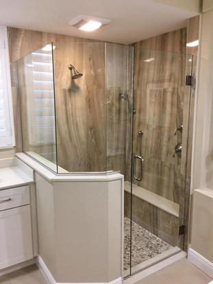 Shower door (24).jpg