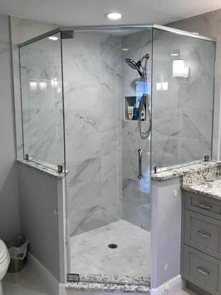 Shower door (17).jpg