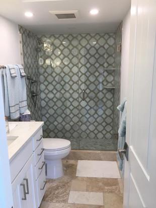 Shower door (7).jpg