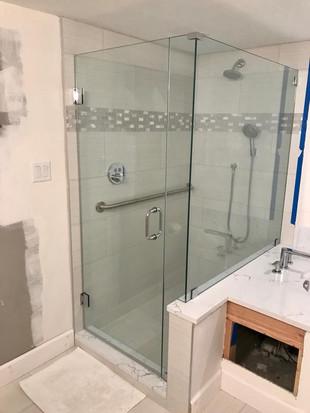 shower door (15).jpg