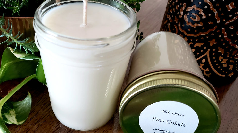 Pina Colada Scented 8 oz Candle
