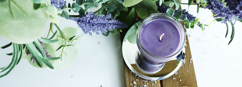 Wild Montana Huckleberry Soy Candle. In a 8 oz Farmhouse Mason Jar with Lid. Wholesales prices and fast shipping