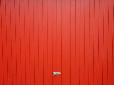 Red Door Garagem