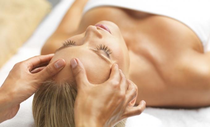 massage beauté du visage