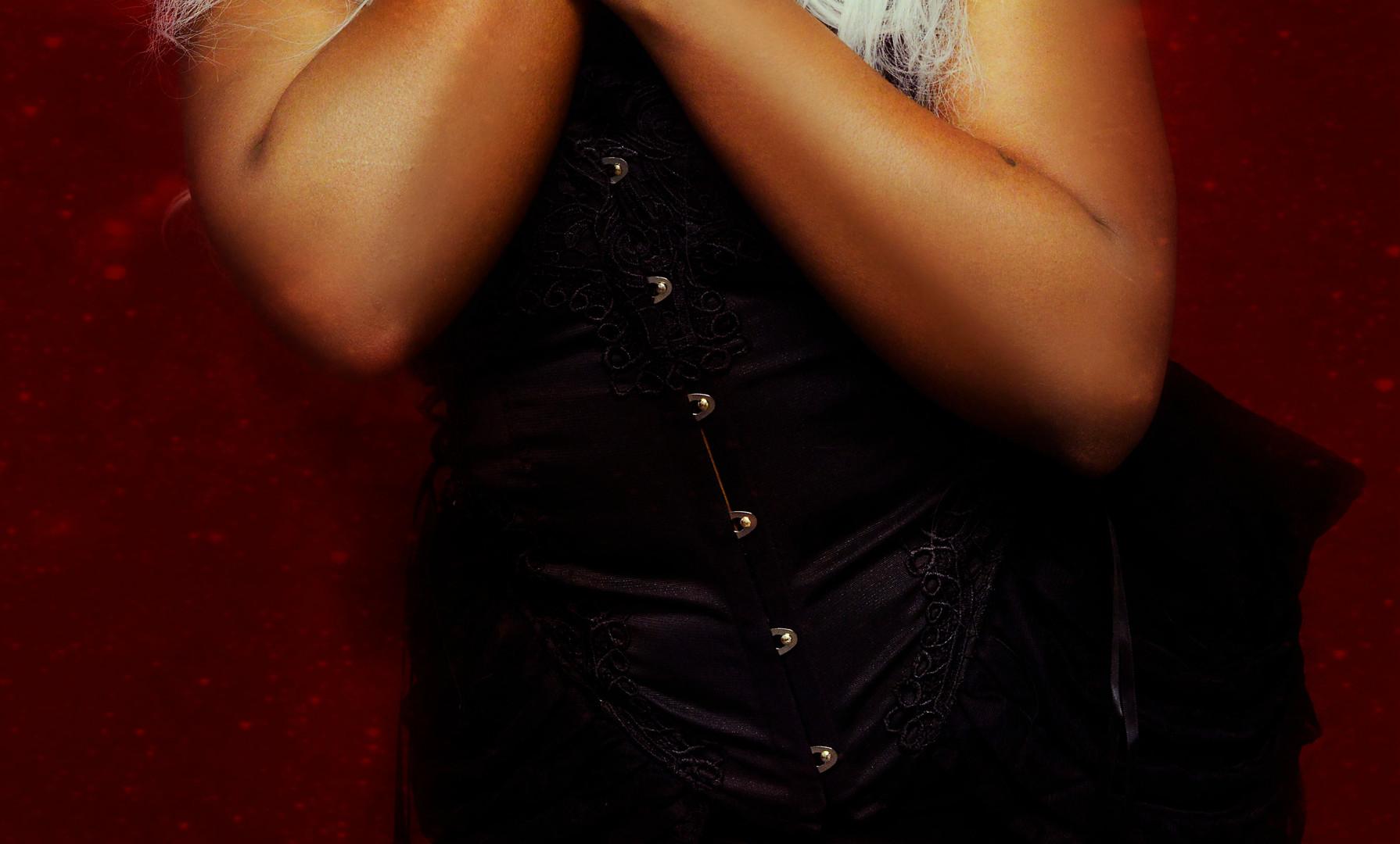 HMUA/Horns: Jesse Luxe Model: Zeonni Amor Photographer: Christa Dickson Photography