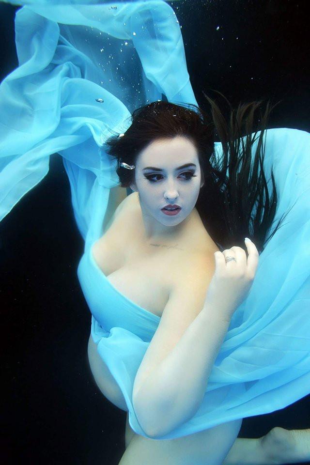 HMUA: Jesse Luxe Model: Kelsey Sentney Photographer: Christa DIckson Photography Pose Coach: Megan Rice