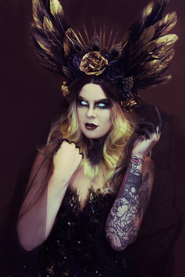 HMUA: Jesse Luxe Model: Valerie Scarlett Headdress: My Witchery Photographer/Wardrobe: Christa Dickson Photography