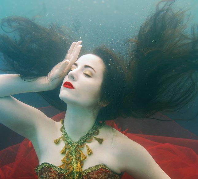 HMUA: Jesse Luxe Model: Rachel Lauren Photographer: Christa DIckson Photography Wardrobe: Mirjam Lehtonen