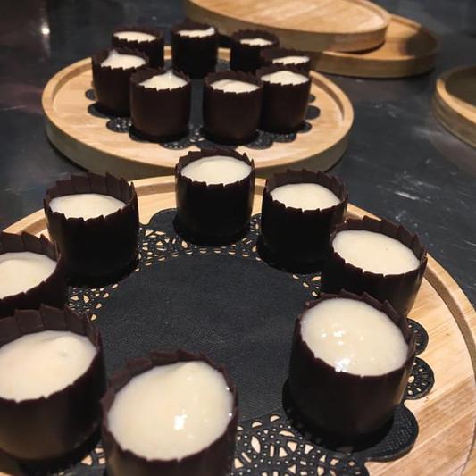 Chocolat_&_crème_de_lucuma.jpg