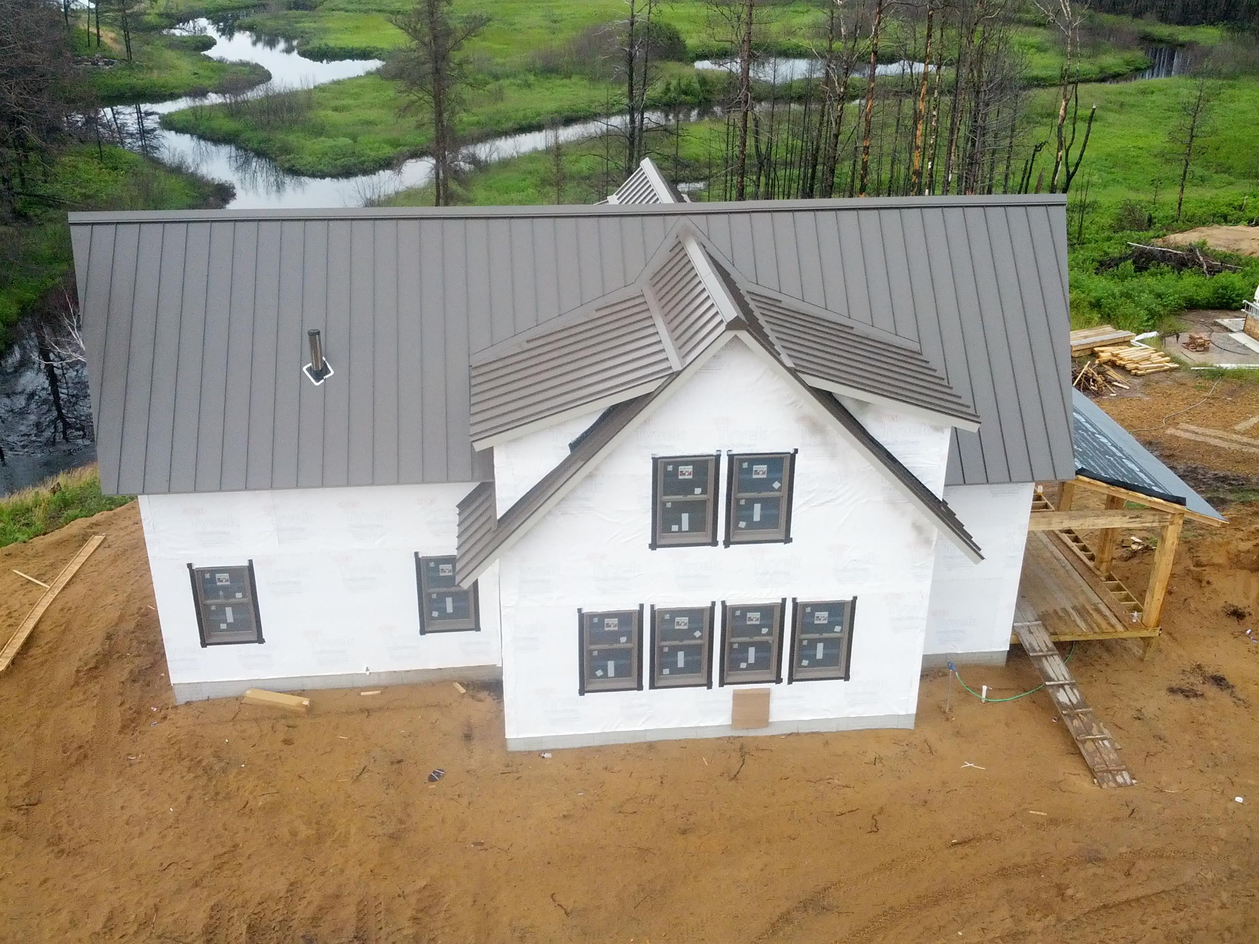Husky Metal Roofs Charcoal Standing Seam