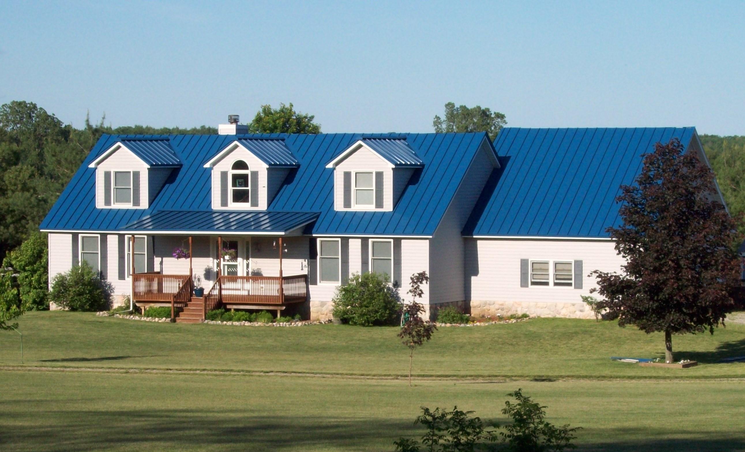 Husky Metal Roofs - Standing Seam Blue