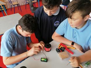 STEM: Constructing Simple Circuits