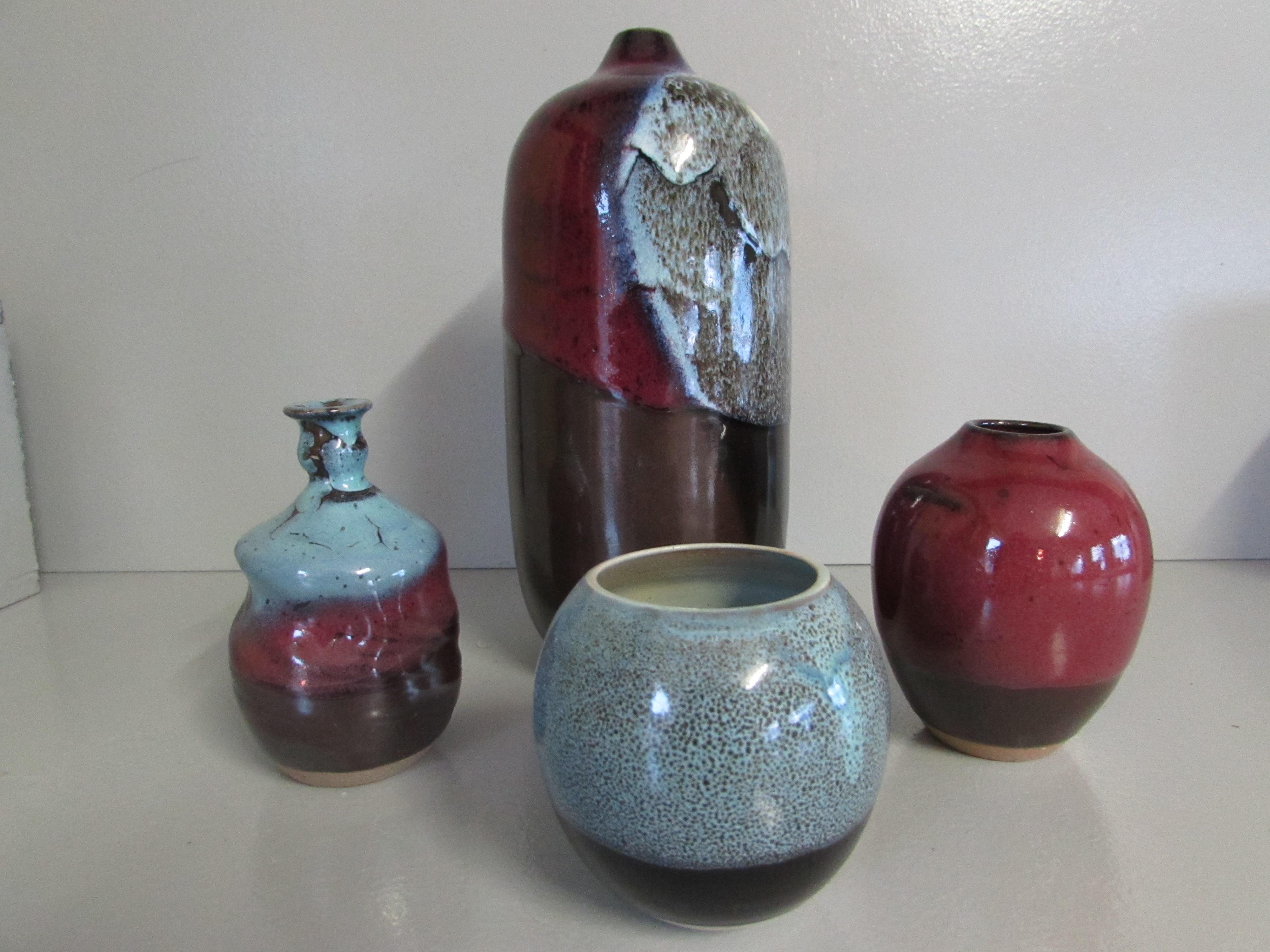 Soliflore-bouteille et petits vases
