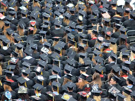 ¿Valdrá la pena ese título universitario?