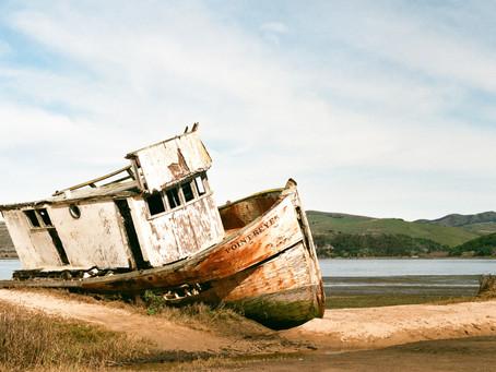 ¿Cómo salir del naufragio económico?