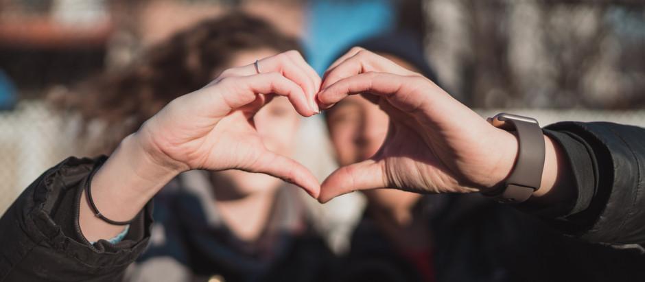 Cuentas claras, amistadas largas… y romances duraderos