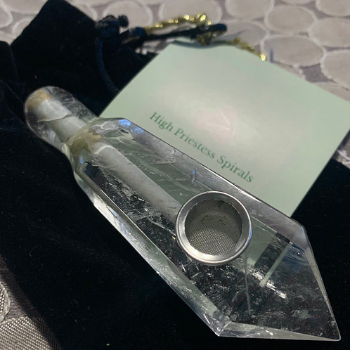 Rounded Lip Crystal Pipe - Clear Quartz