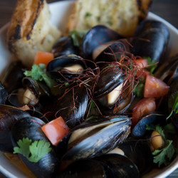 Tom Yum Mussels