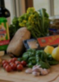 よがんすブランドが提供する料理に欠かせないのが、地元で採れた新鮮な食材。 三原市大和町のよがんすファームから、食の安心、安全をお届けします。