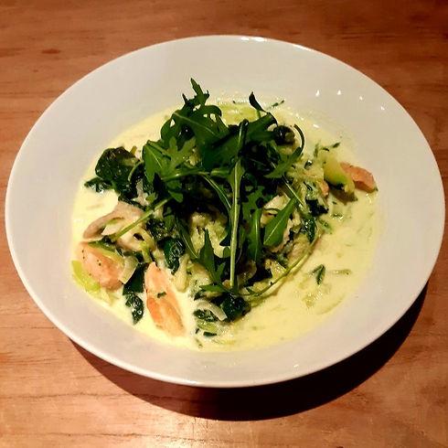 Romie courgetti met spinazie en vismenge