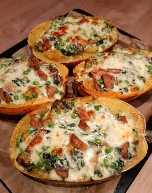 Spahettipompoen met spinazie, champignon
