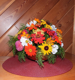 2nd Place Artistic Floral Arrangement - Norma Howes