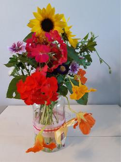 1st Place Fresh Flower Display - Rosie Epp