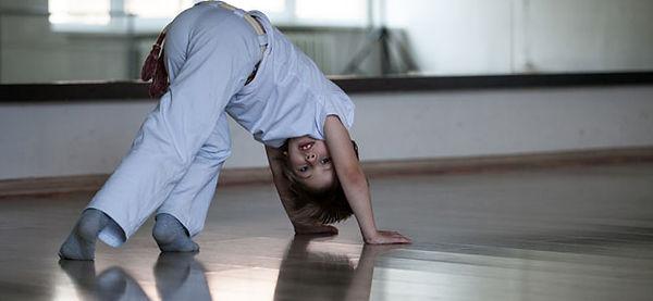capoeiraG.jpg