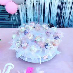 Cake pops baby shower