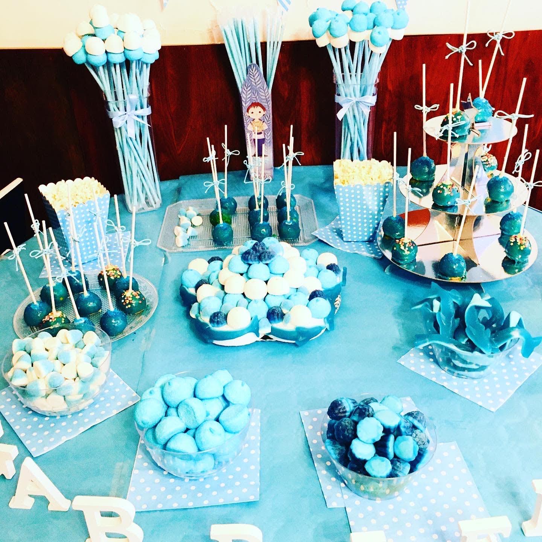 Mesa dulce comunión azul