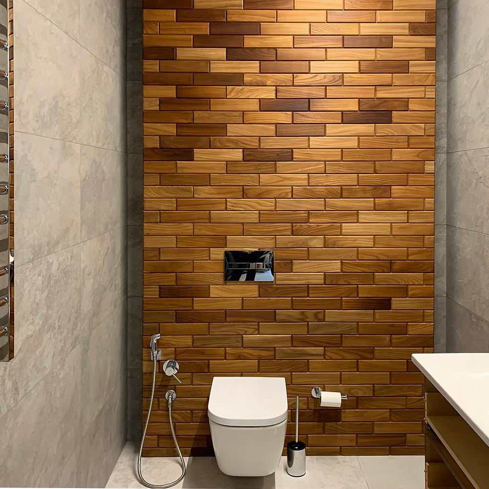 Панно из термоясеня в ванной