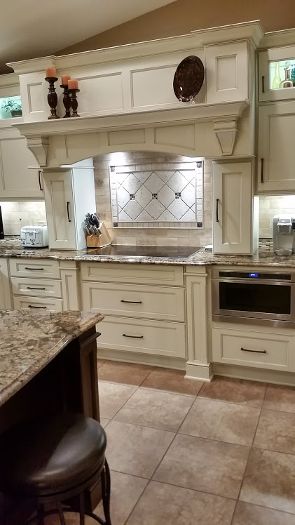 McLusky Showcase Kitchens & Baths