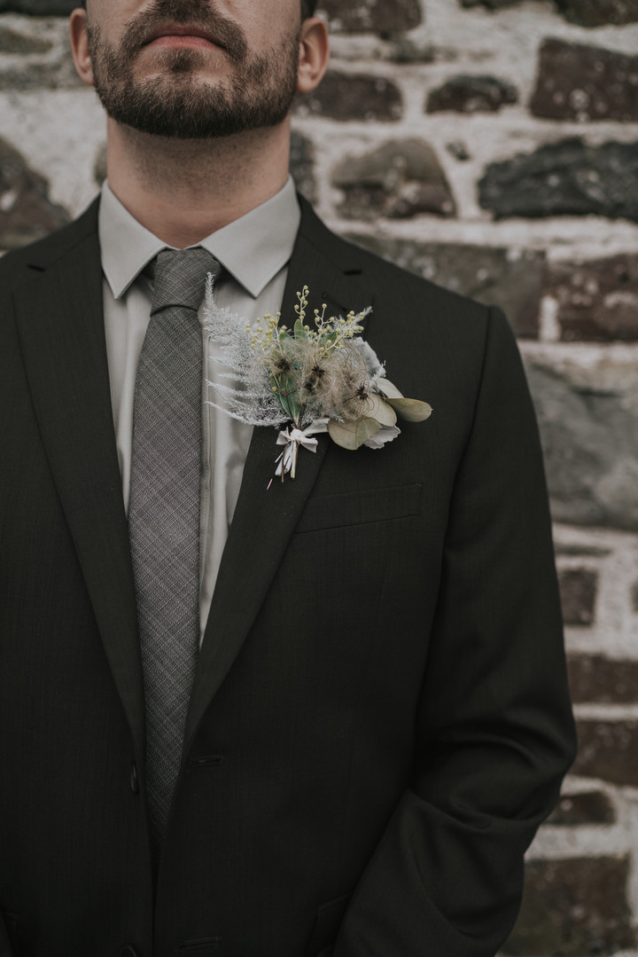 Buttonhole wedding florist flowers